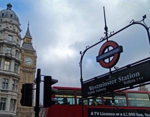 aboutpixel.de / Westminster Station © Andreas Dittberner