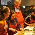 Berufsvorbilder - Grundschulkinder kochen