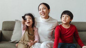 Fernsehen, Tablet und Co - Wie viel Medienkonsum ist für Grundschulkinder angemessen?