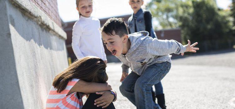 Mein Kind mobbt andere Kinder in der Schule
