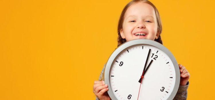 So lernen Kinder die Uhrzeit